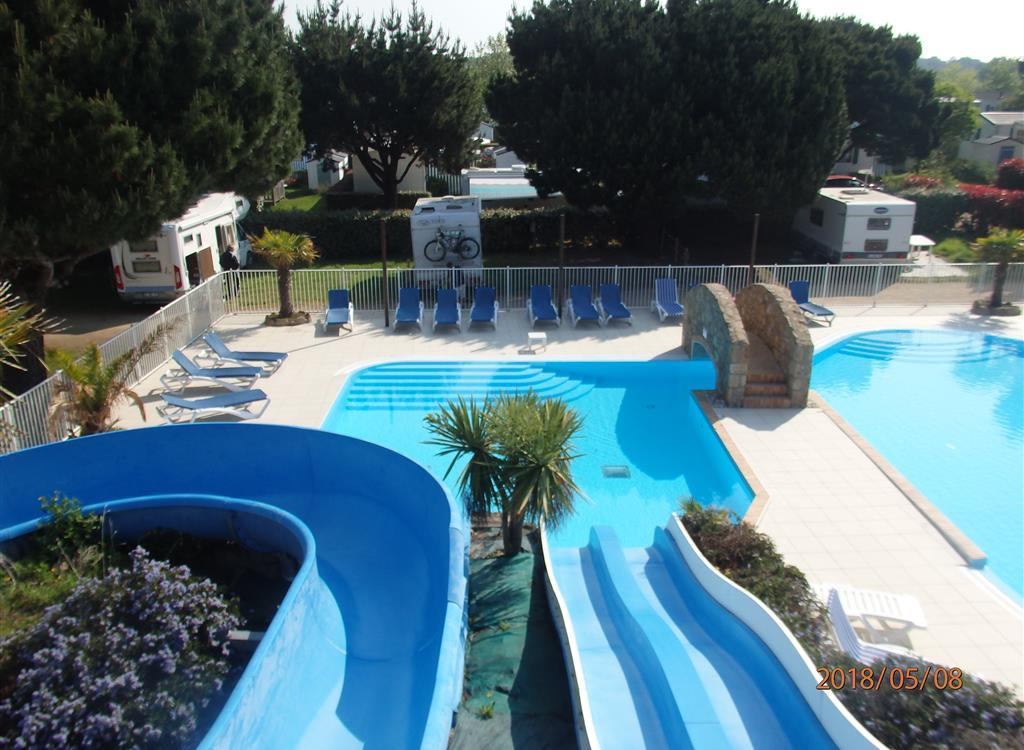 espace aquatique avec piscine chauffe camping 3 toiles avec piscine chauffe la trinit sur mer morbihan bretagne sud camping les palmiers camping